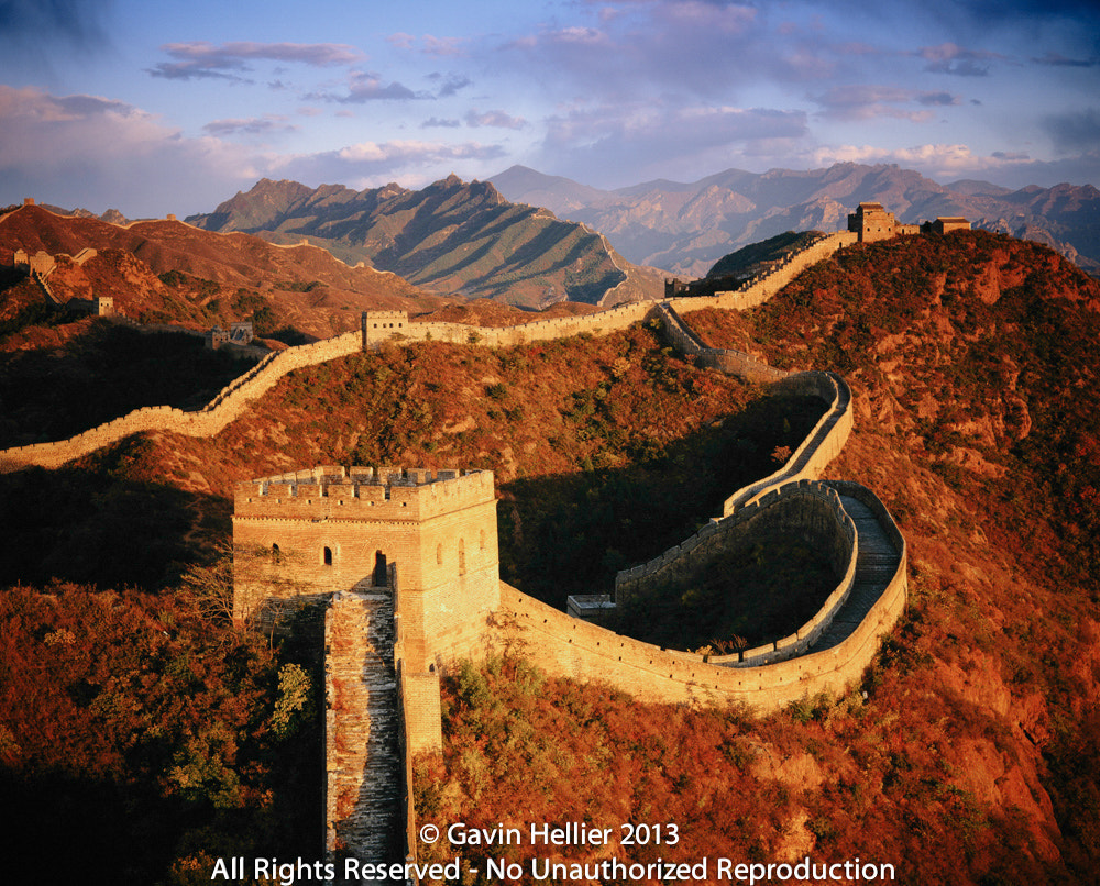 Photograph Jinshanling section, Great Wall of China, near Beijing by Gavin Hellier on 500px
