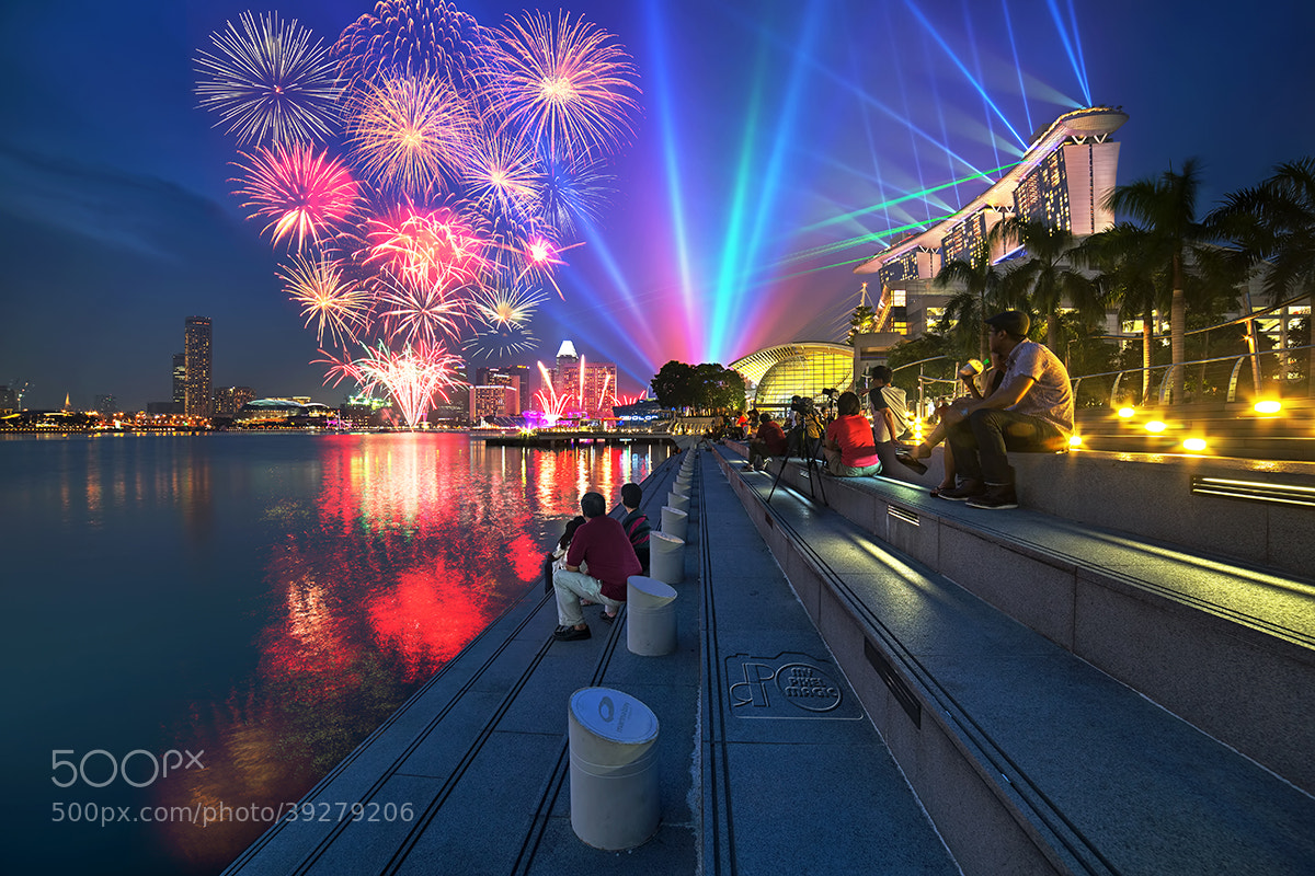 Photograph Combo - Marina Bay Laser Show + Fireworks by Partha Roy on 500px