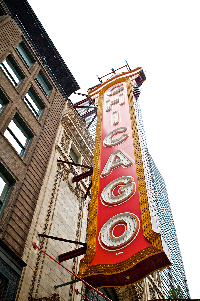 Photograph Chicago Theater Sign by KaL MichaeL on 500px