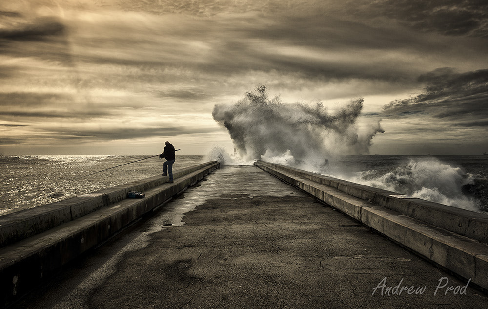 Photograph Dramatic Wave by Andrew Prod  on 500px
