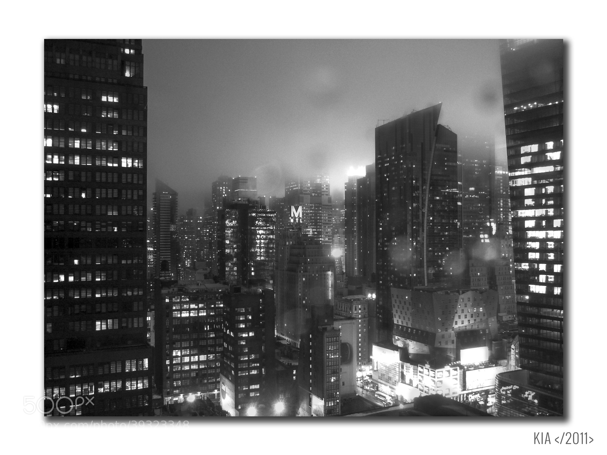 Photograph Rainy night in Manhattan by Kiara Lovisetto on 500px