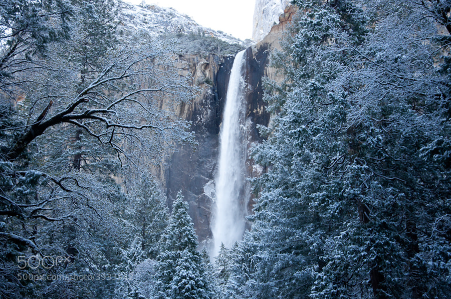 Photograph Bridal Veil Falls, Yosemite by Gordon Banks on 500px