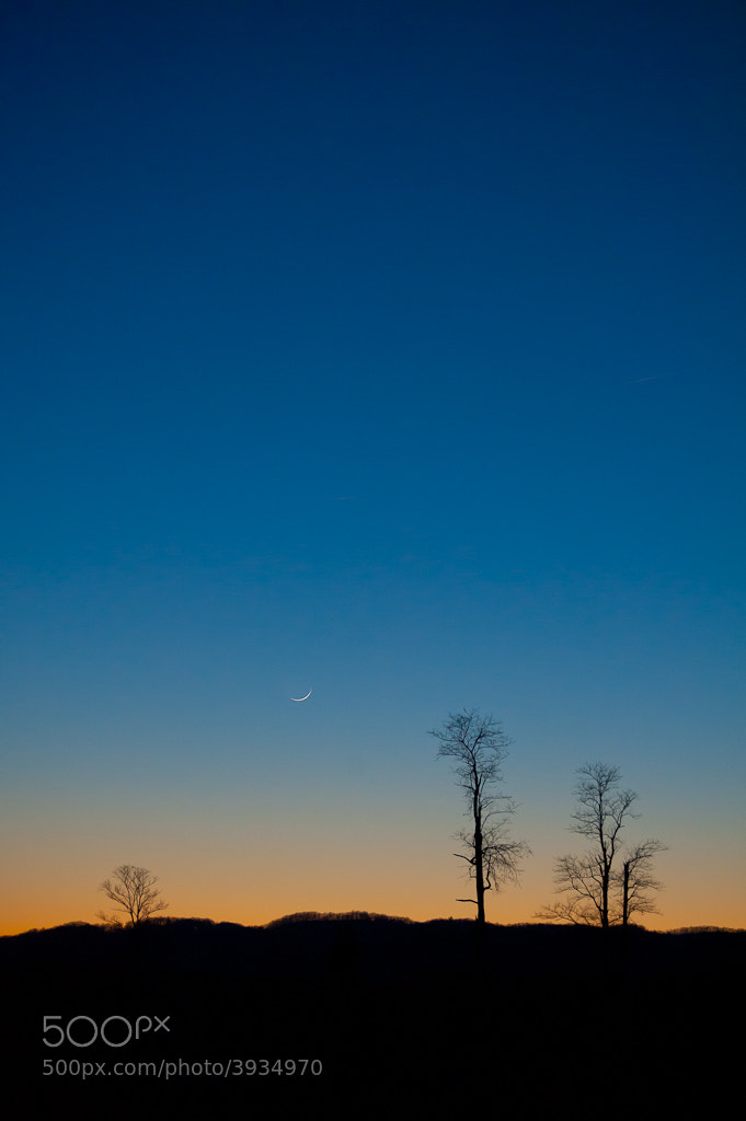Photograph Sliver Moon and Room to Play by Jon Beard on 500px