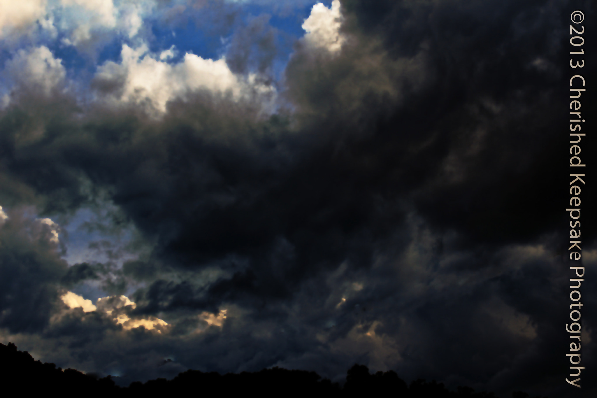Photograph Storm rolling in by Dawn Vance on 500px