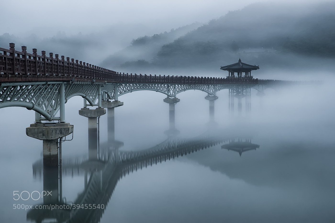 Photograph Untitled by HeungSoon on 500px