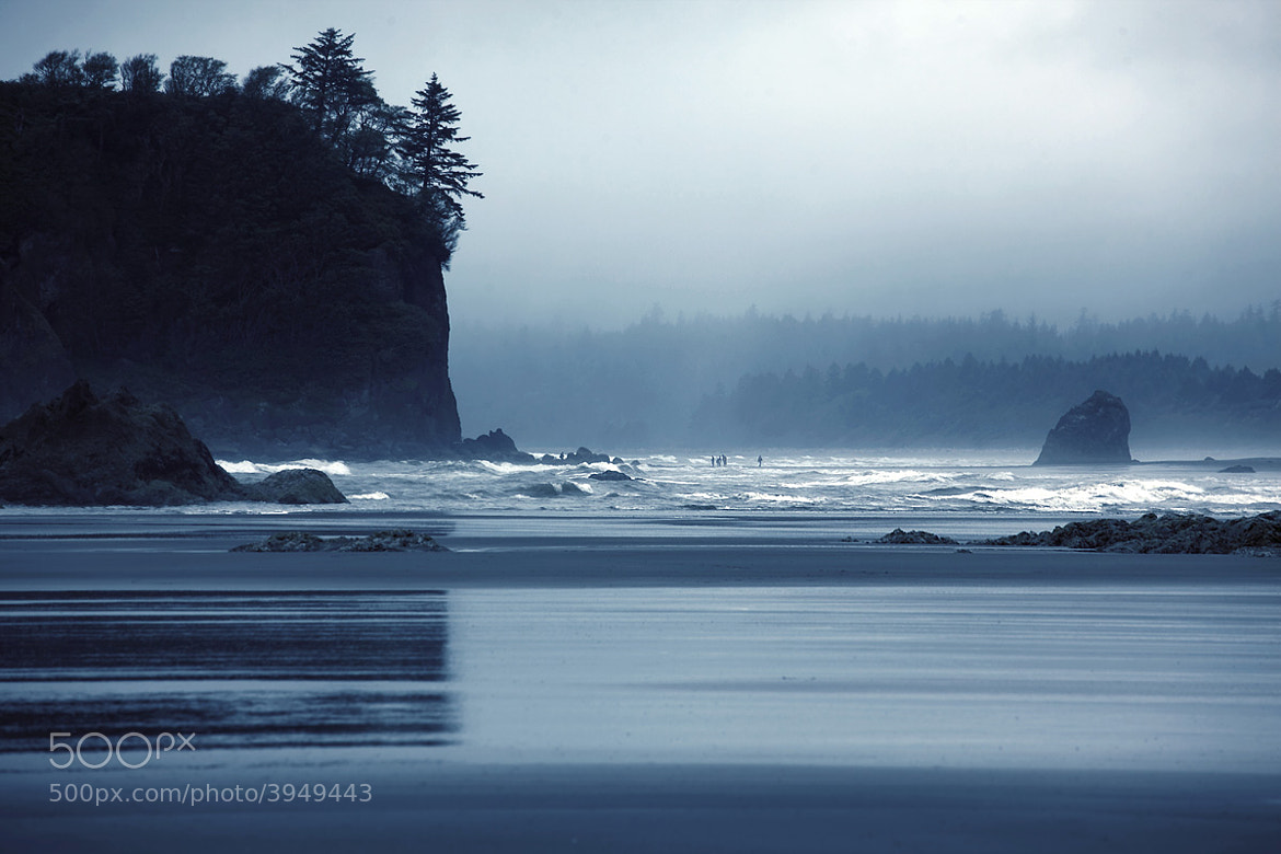 Photograph Silhouettes on Ruby Beach by Sparth (Nicolas Bouvier) on 500px