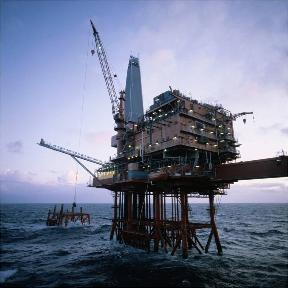Photograph Oil rig at dusk by Christian Hall on 500px