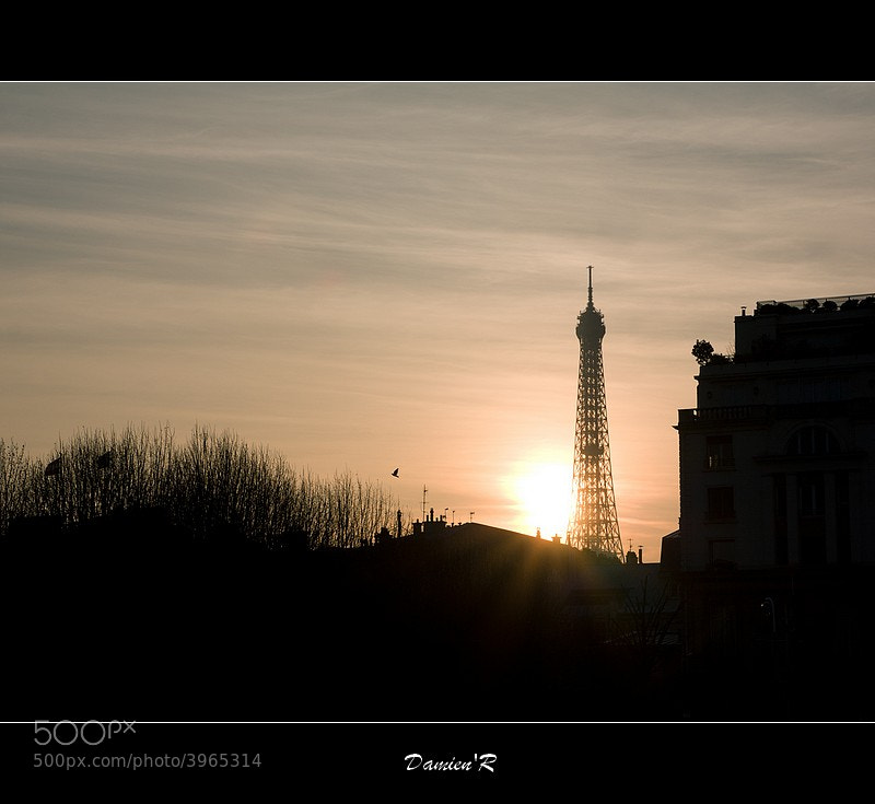 Photograph Paris s'endort by DamienR Photography on 500px