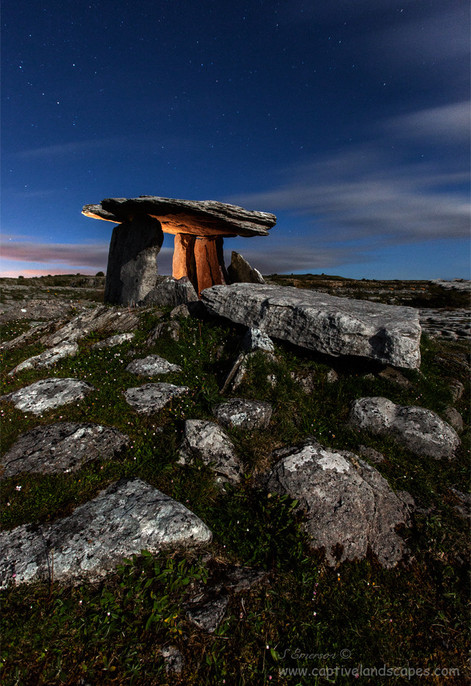 Photograph Poulnabrone Dolmen by Stephen Emerson on 500px