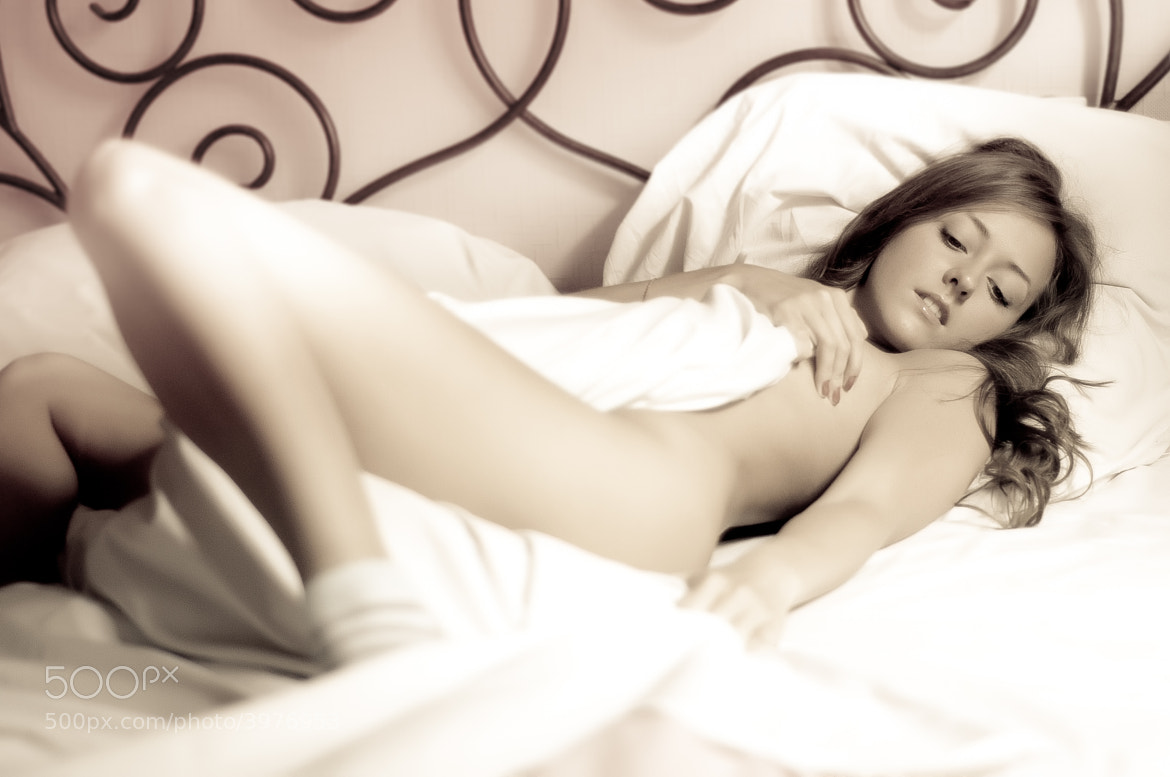 Photograph in bed by Alexey Romanov on 500px