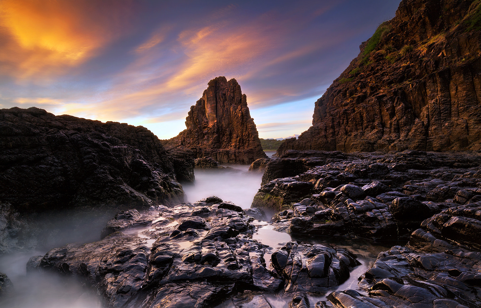 Photograph Cathedral rocks by Goff Kitsawad on 500px