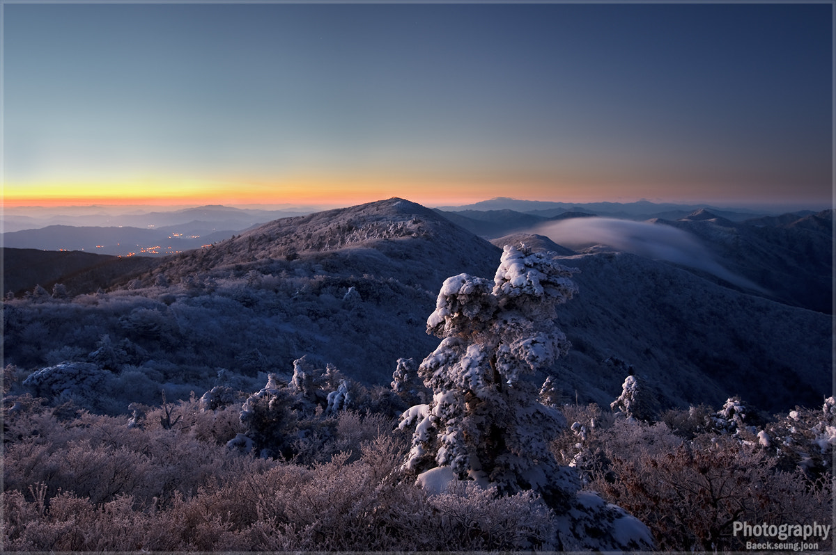 Photograph Over the Mountain by blackgull on 500px
