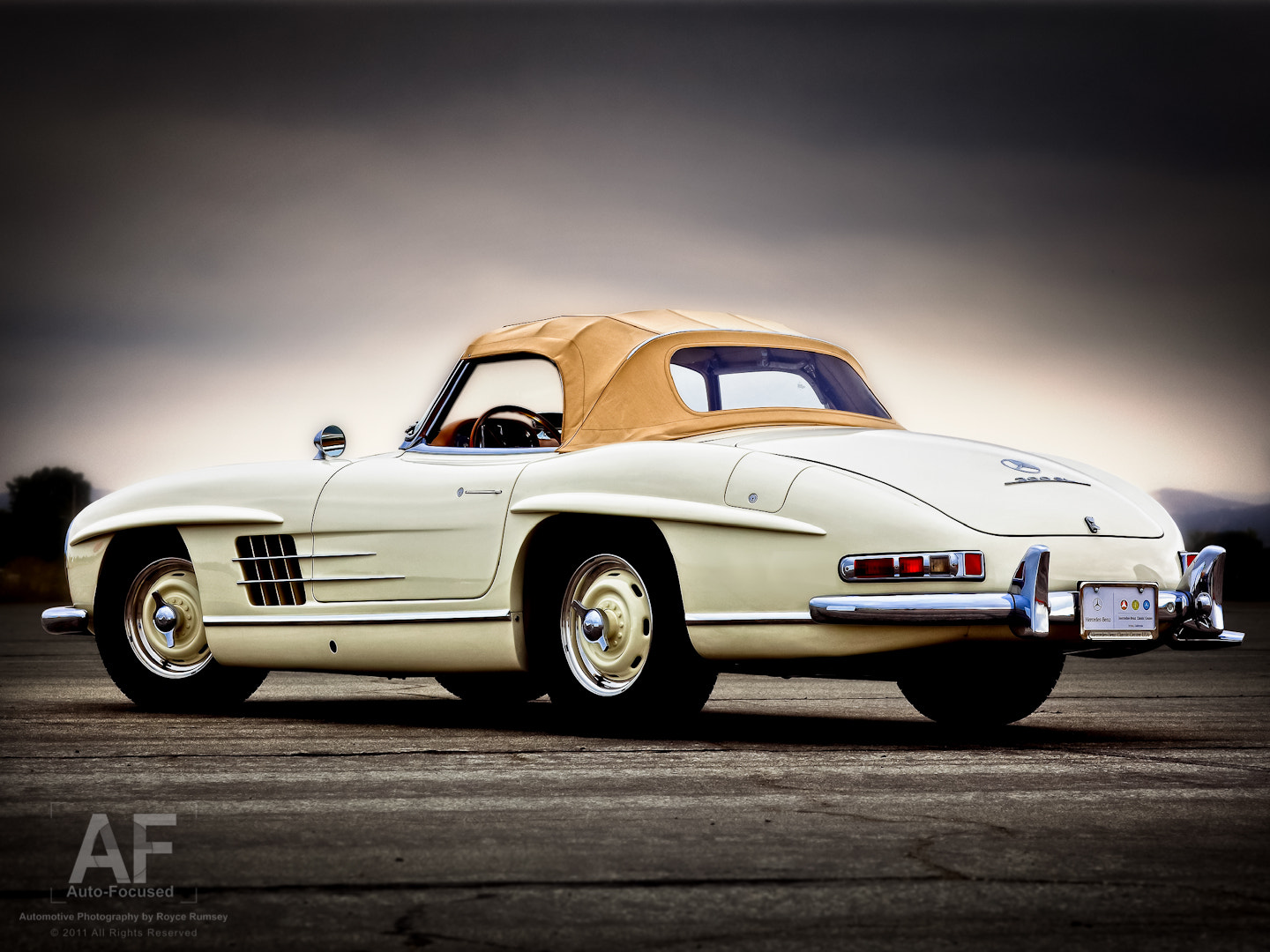 Photograph 300SL Roadster by Royce Rumsey on 500px