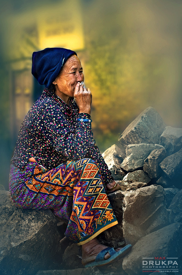 Photograph Women on the stones by Max Drukpa on 500px