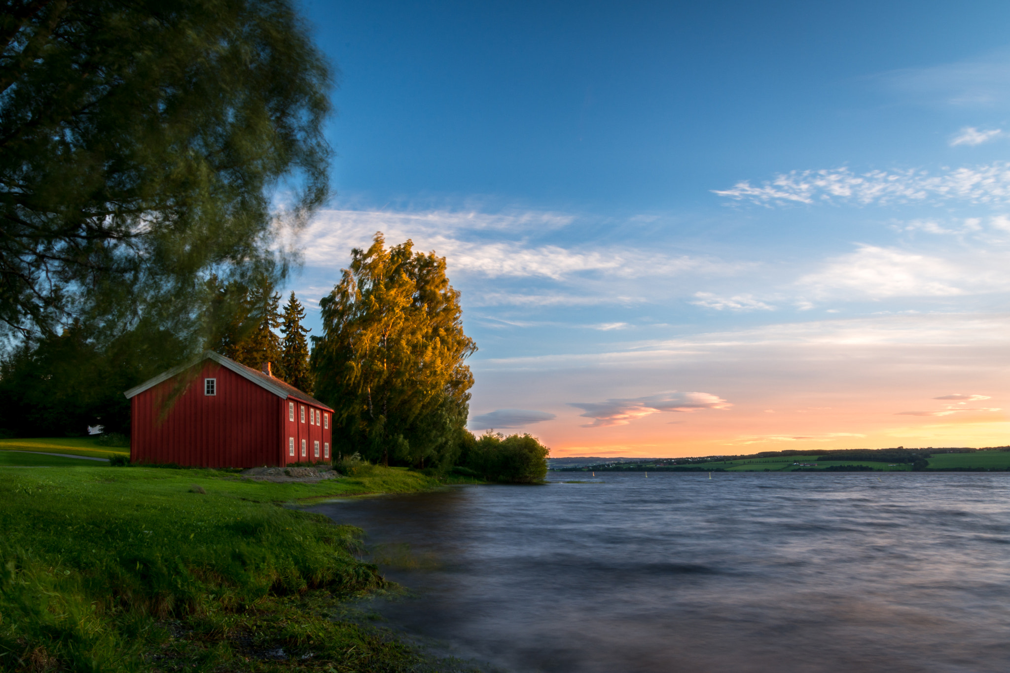 Photograph The red house by Are Pettersen on 500px