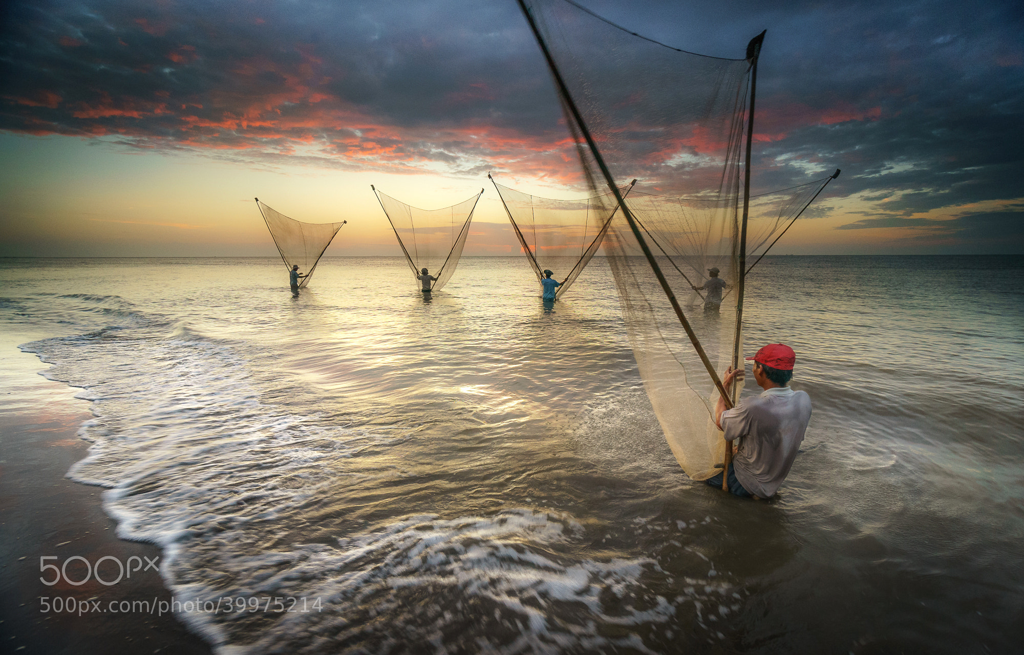 Photograph Morning work by Pham Ty on 500px