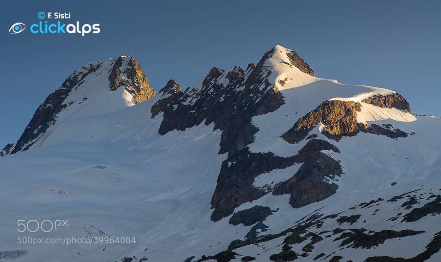 Photograph Un tocco di luce sul Mont Dolent ed il Petit Grapillon (Val Ferret, Valle d'Aosta) by Francesco Sisti on 500px