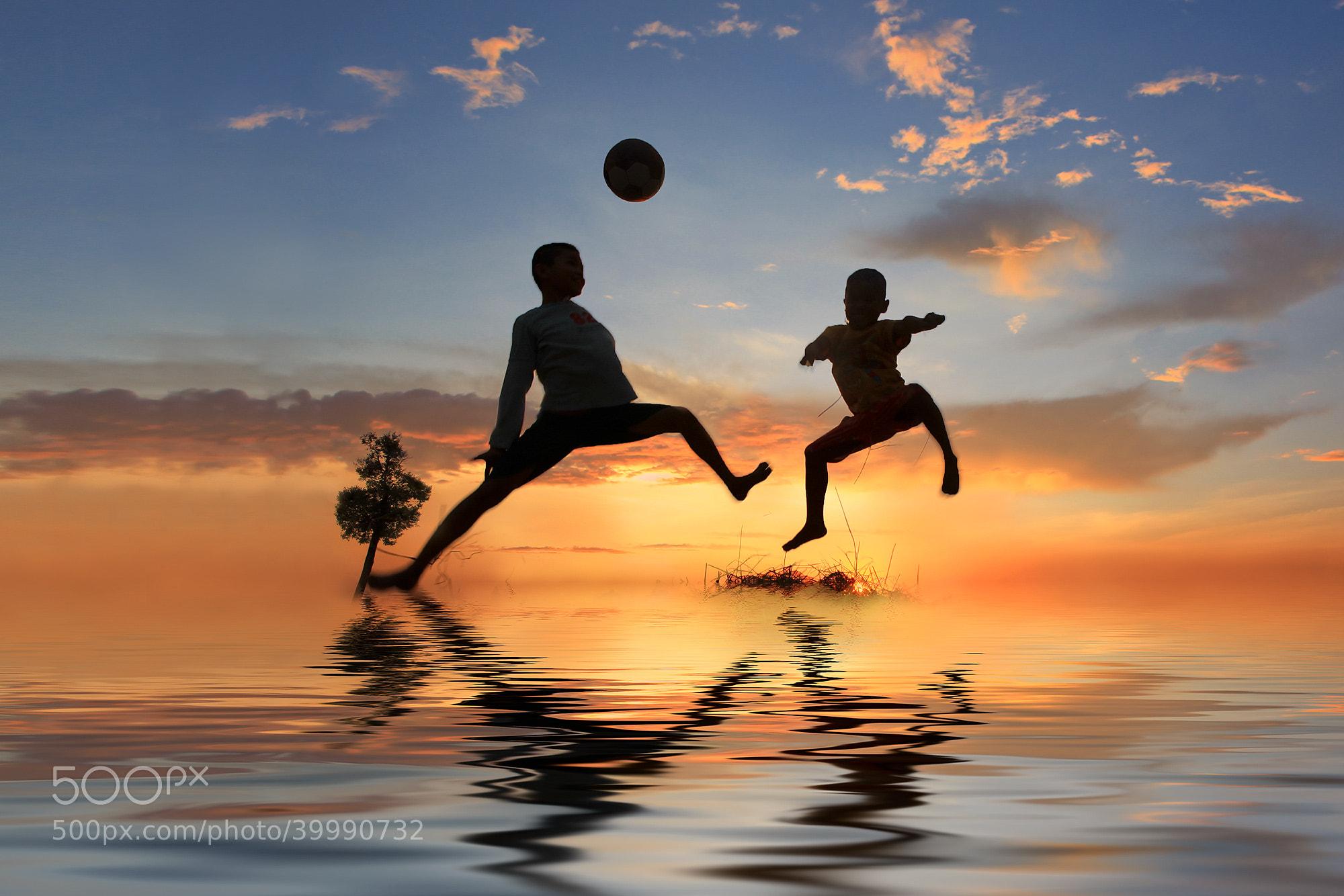 Photograph Fun Fun Fun by Saravut Whanset on 500px