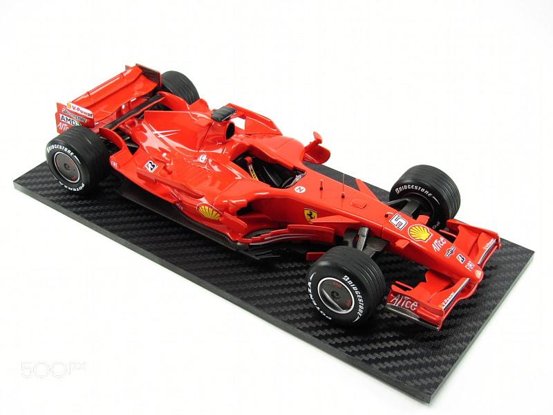 Ferrari F2007 scale 1/24 Revell