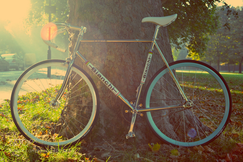 Photograph Bianchi Pista Steel by DJ  on 500px