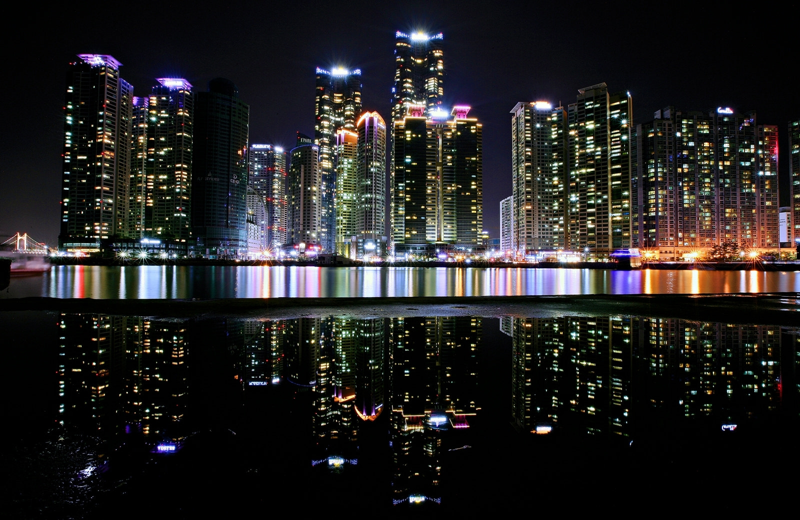 Photograph Night View in Haeundae by HoonyStyle  on 500px