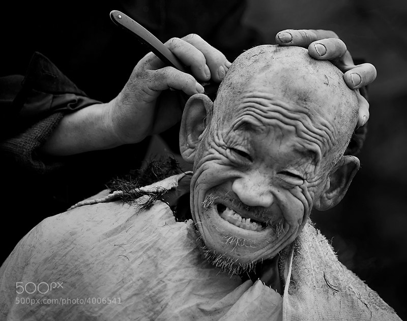 Photograph Chinese Traditional Haircut by Linling Shi-史琳凌 on 500px