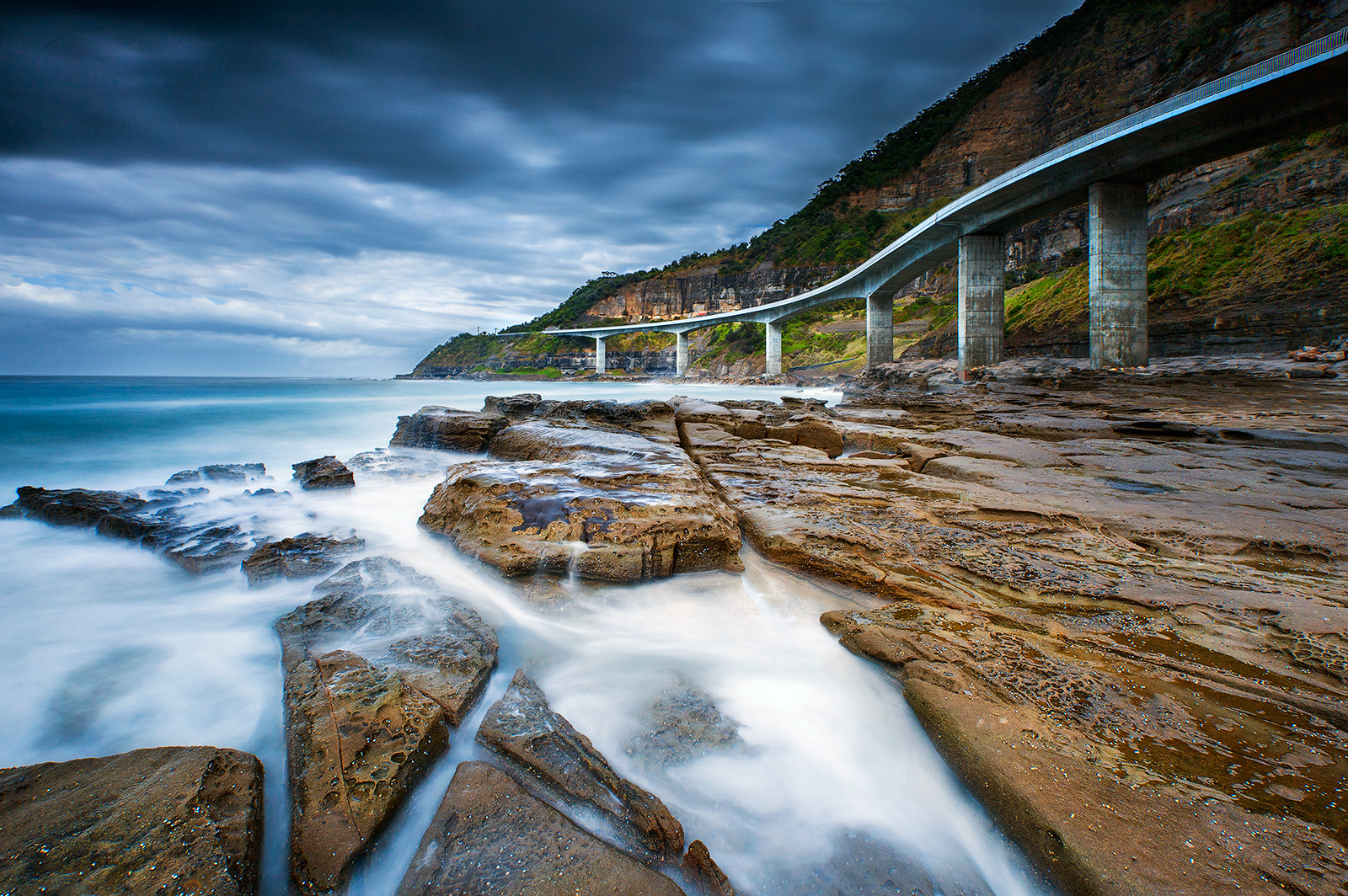 Photograph C Cliff  by Goff Kitsawad on 500px