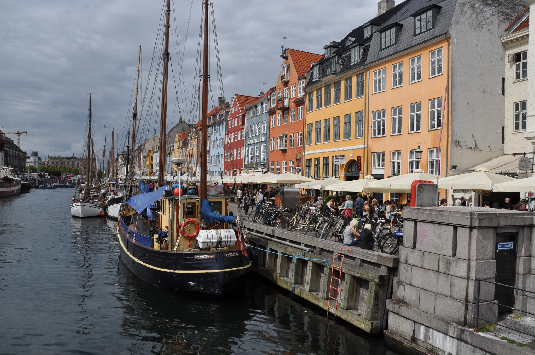 Photograph canale di copenaghen by Vlady . on 500px
