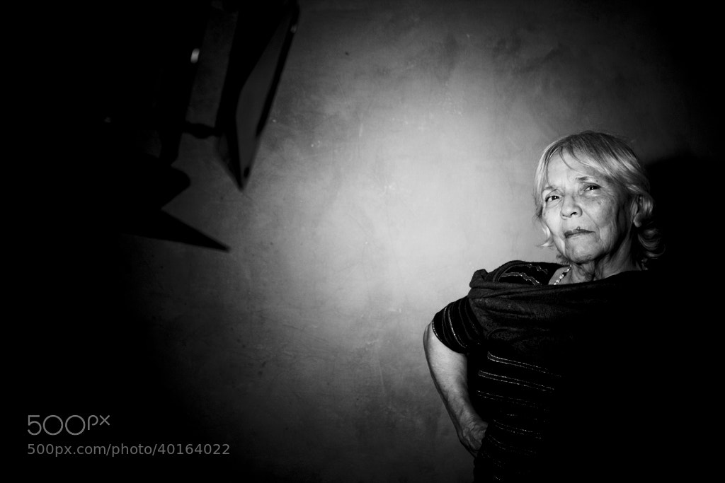 Photograph Irene en estudio by Sara Petrizzo on 500px