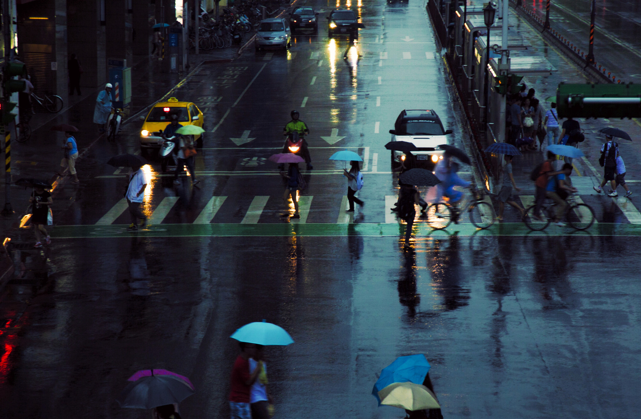 Photograph Rainy Day by Hanson Mao on 500px
