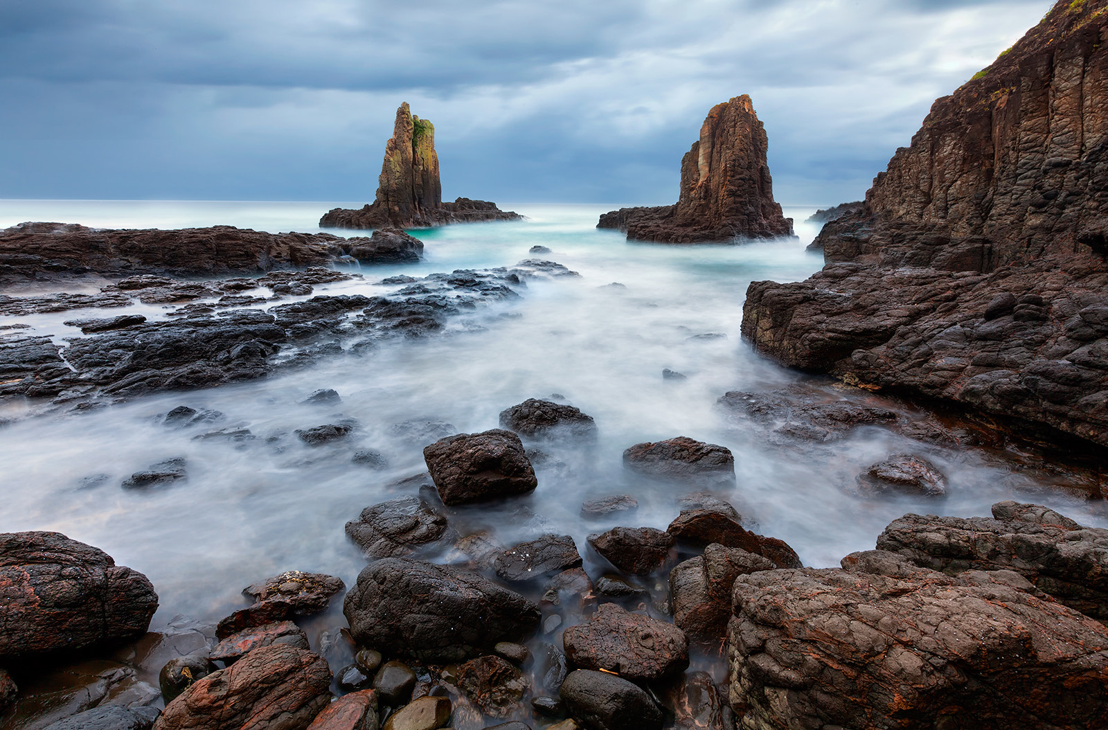 Photograph Stand out by Goff Kitsawad on 500px