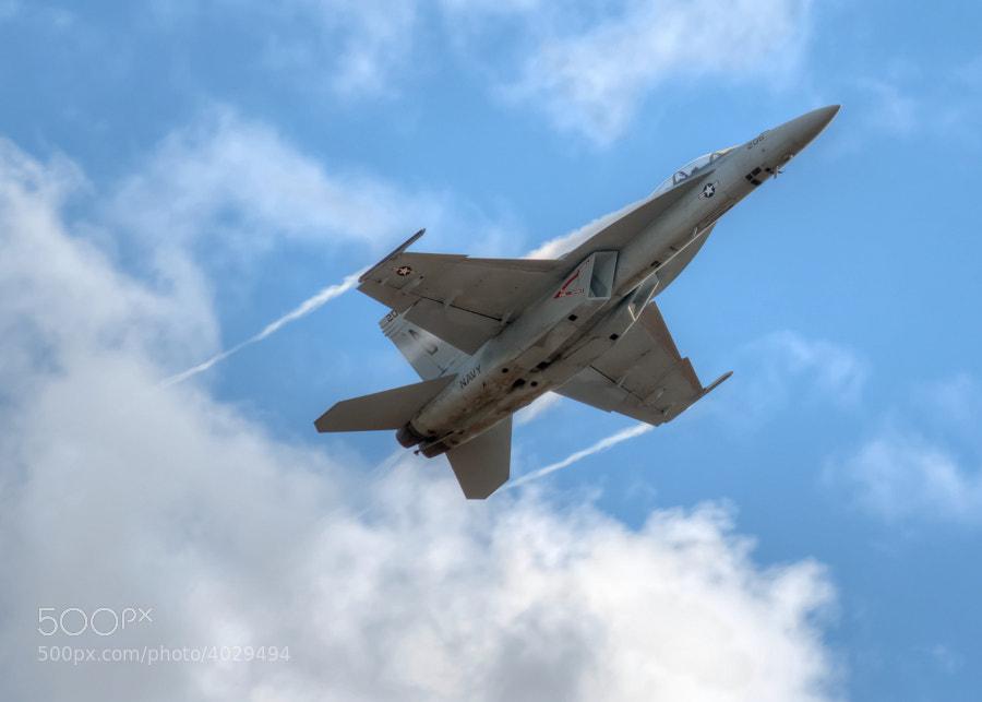 An F/A-18 Super Hornet pulls up sharply at the Great Georgia Airshow
