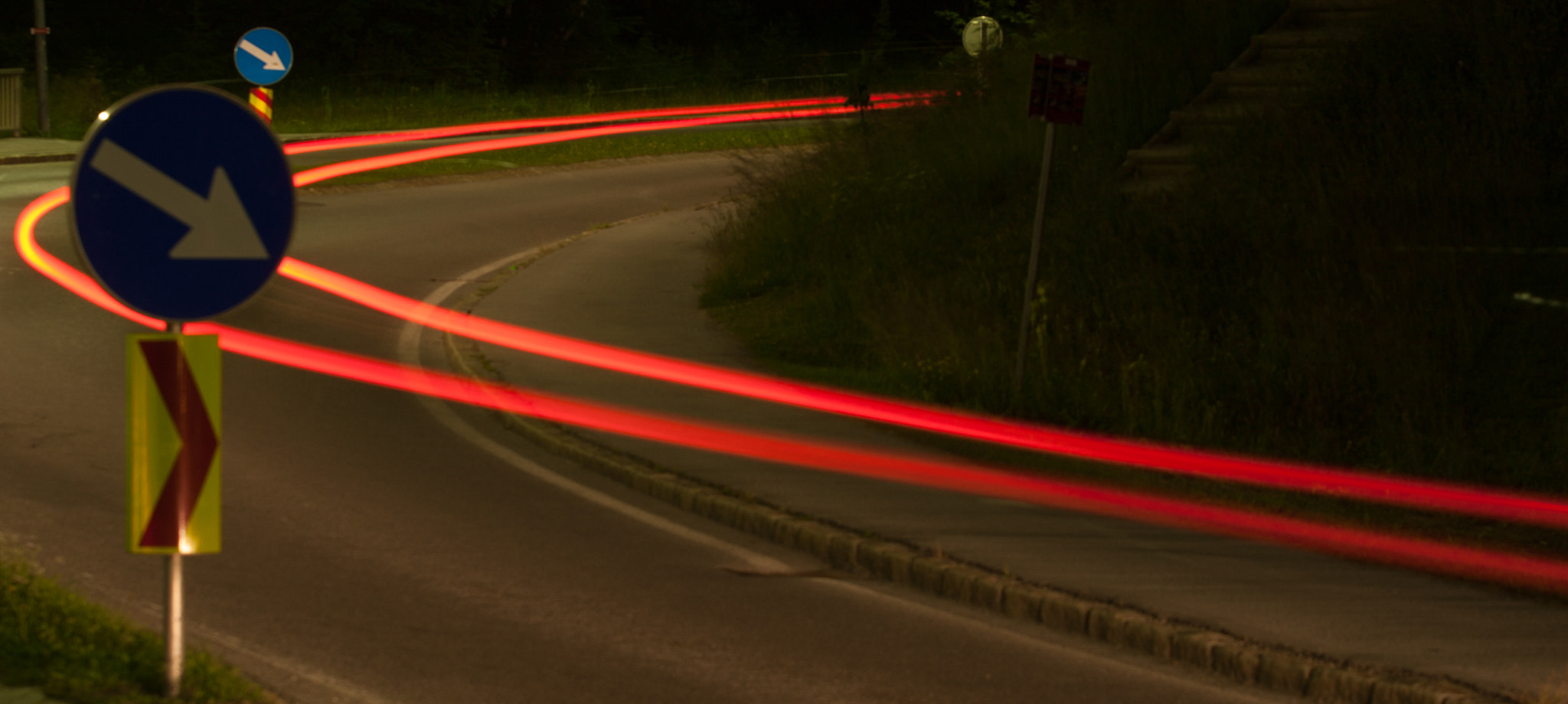 Photograph red bend by Frank Draeger on 500px