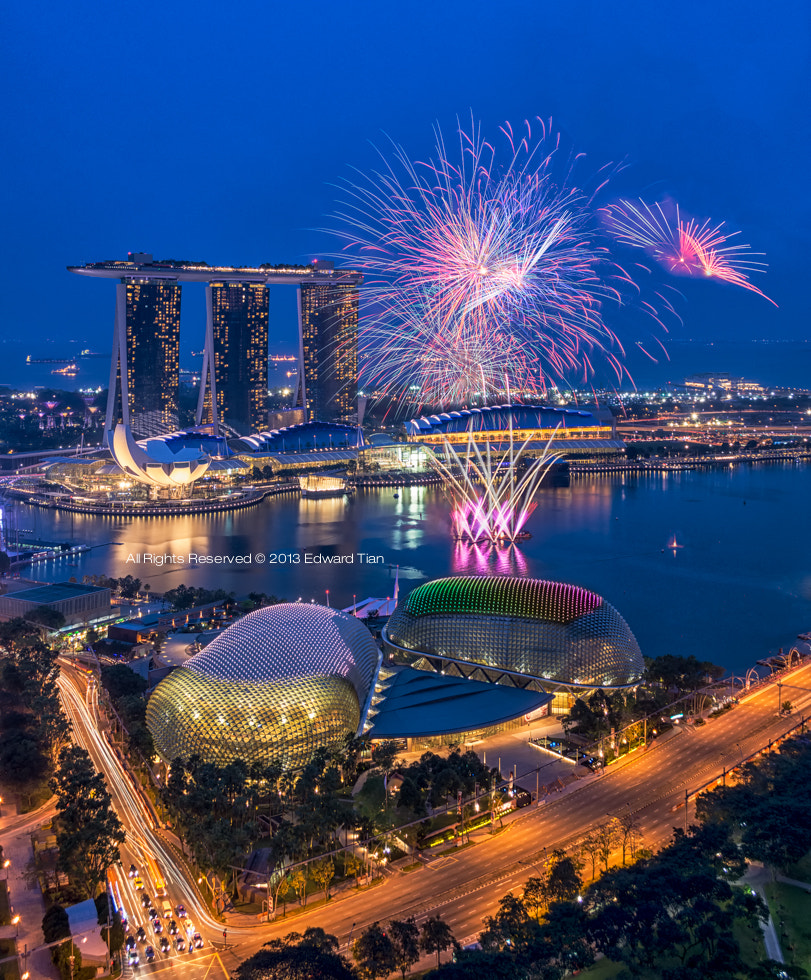 Photograph Fireworks Bay by Edward Tian on 500px