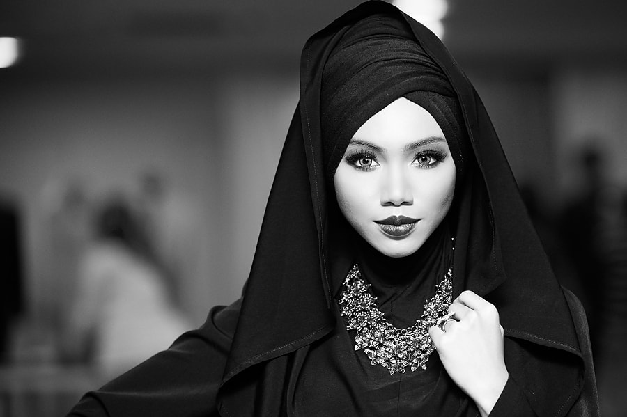 Photograph MUSLIMAH by Mike  Casper on 500px