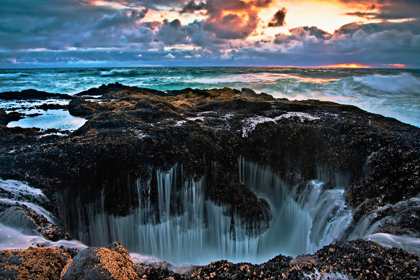 Photograph Thor's Well by Dee Nichols on 500px