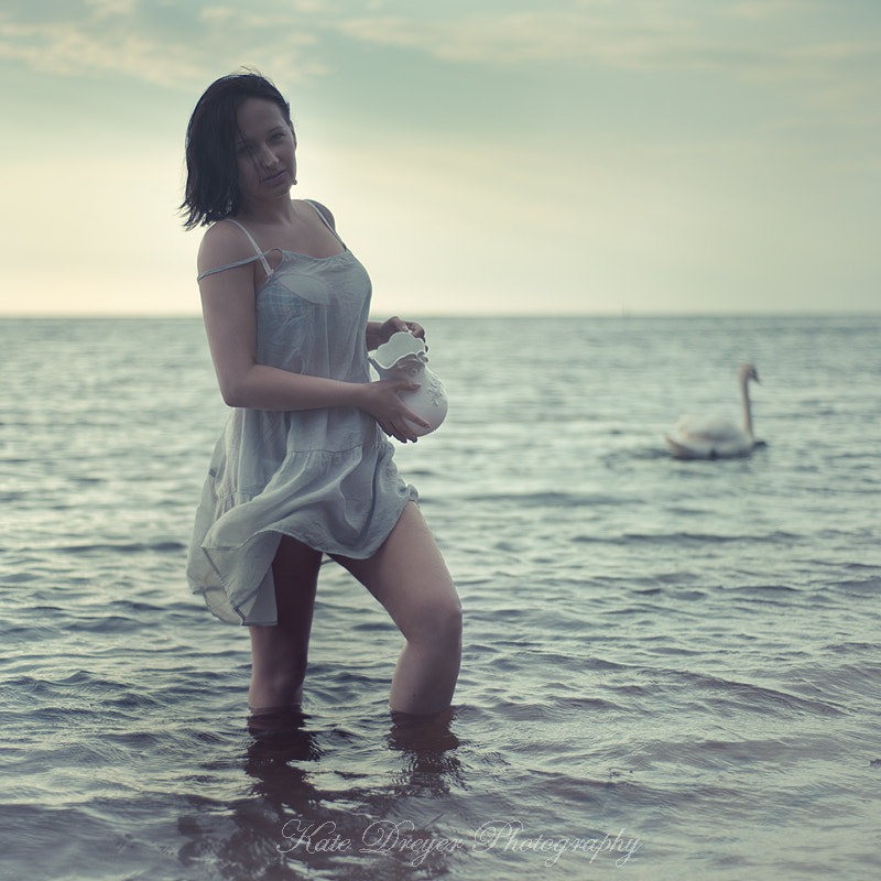 Photograph A girl and a swan by Kate Dreyer on 500px