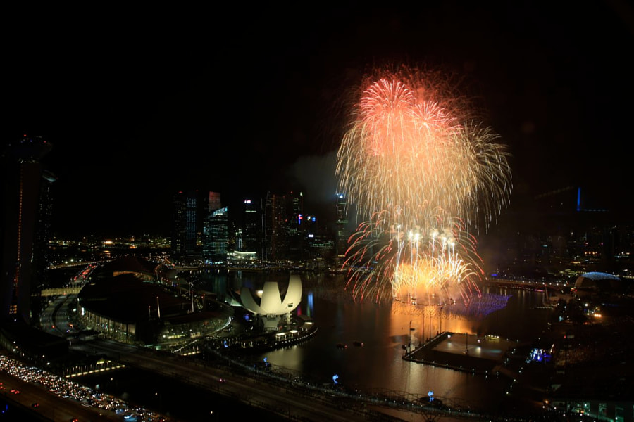 Marina Bay New Year Eve Countdown Fireworks (from Singapore Flyer)