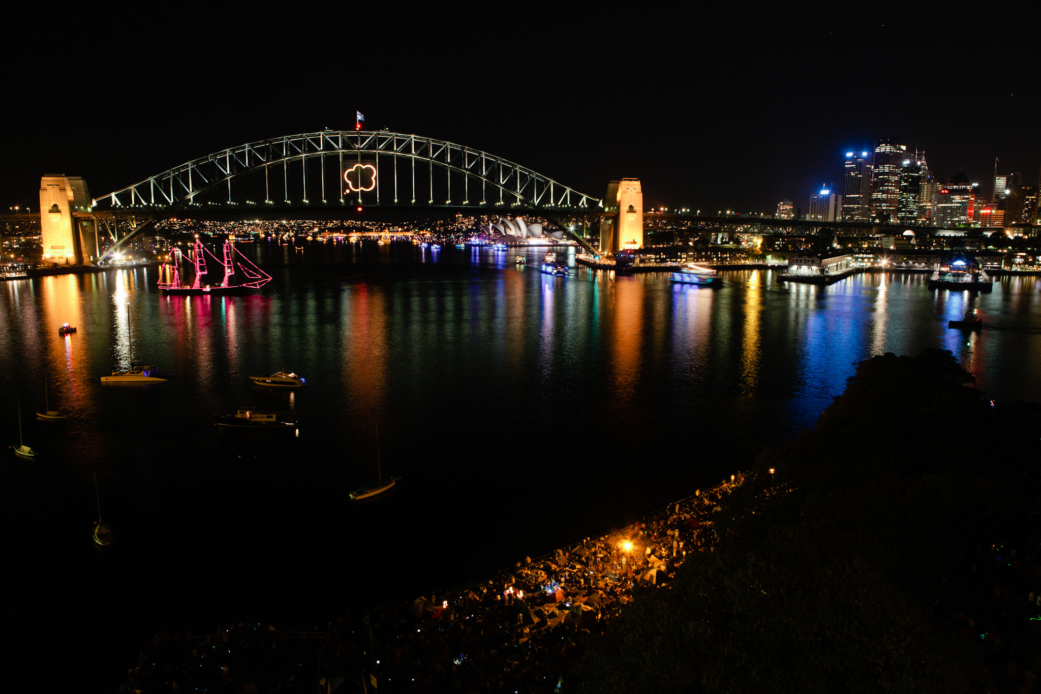 Photograph Sydney - NYE by Paul Wilcock on 500px