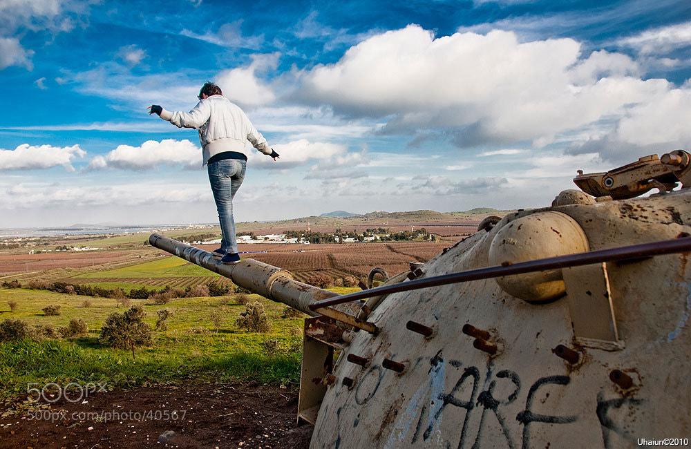 Photograph Girl & battle tank by Vladimir Popov / Uhaiun on 500px