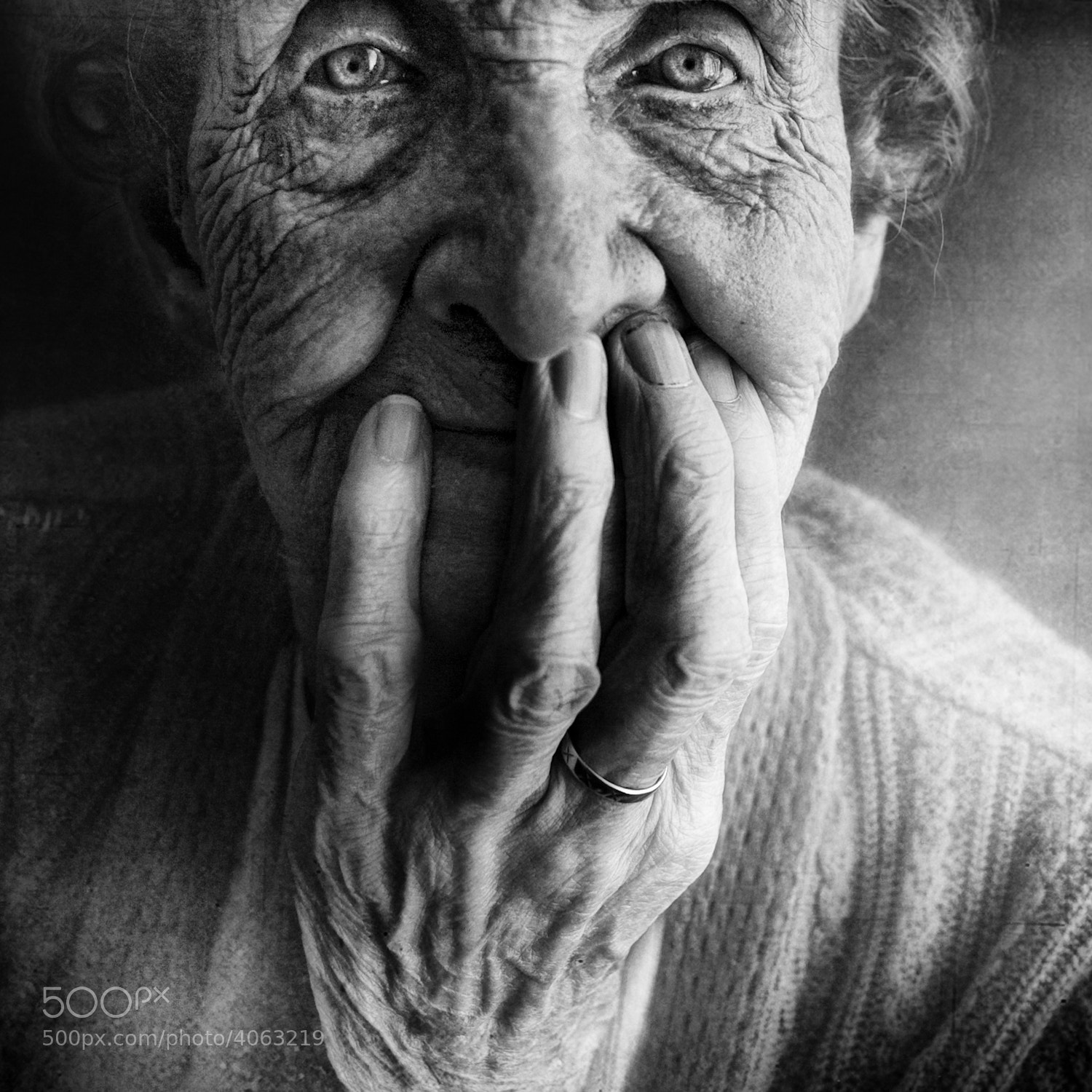 Photograph <b>Café con leche & pan dulce</b> by Lee Jeffries on 500px