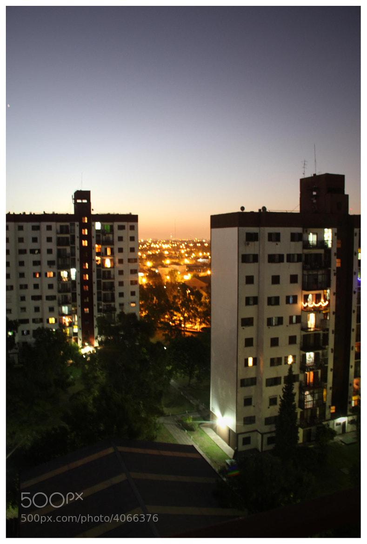 Photograph Gigantes en el conurbano by Mariano Castaño on 500px