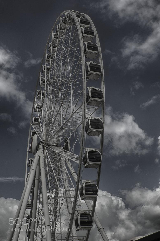 Photograph The Wheel of Brisbane by Trevor Gensch on 500px