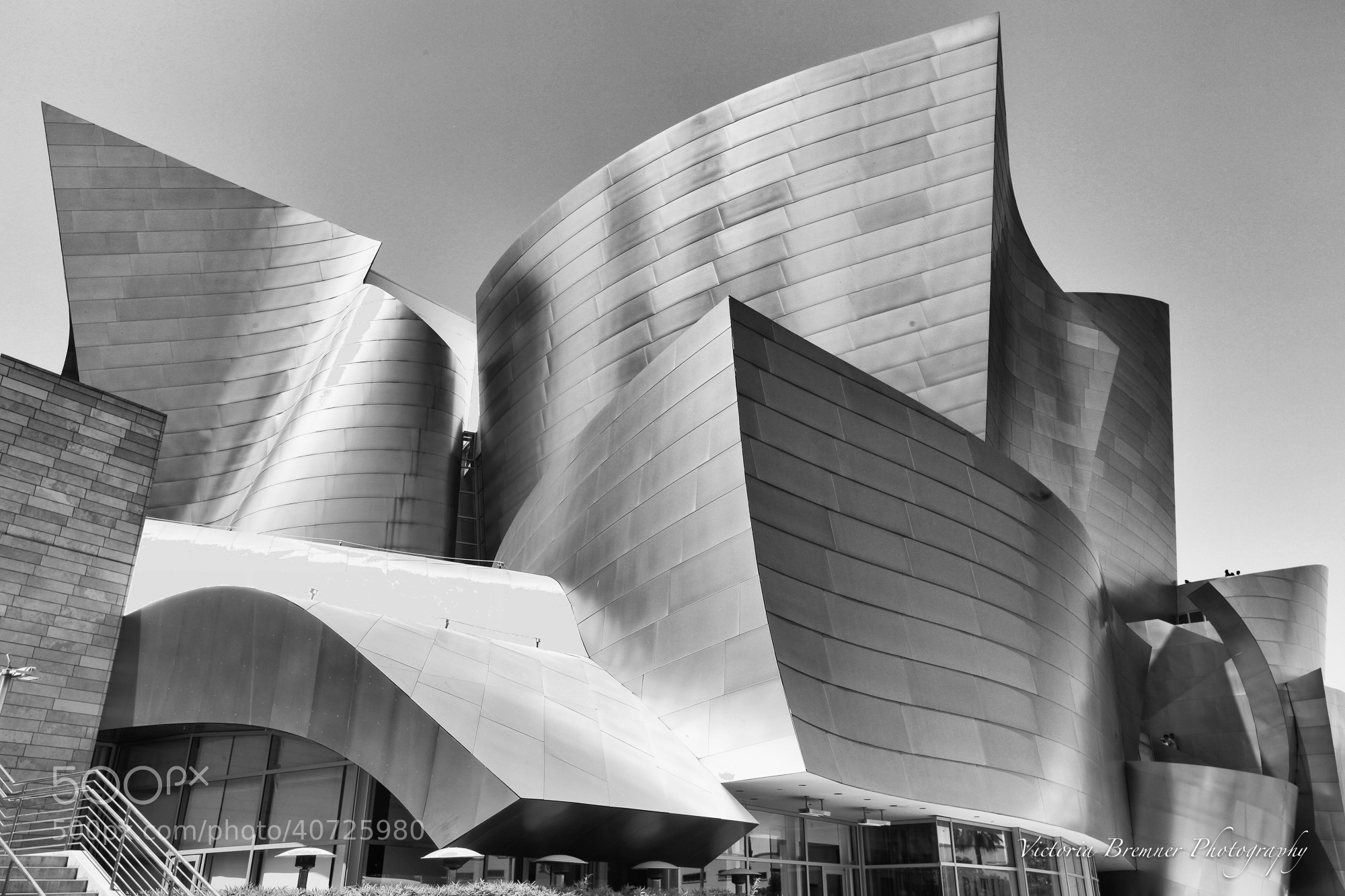 Photograph Frank Gehry, Los Angeles by Victoria Bremner on 500px