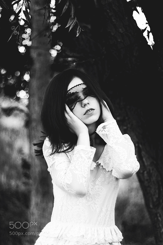 Photograph mysterious girl by Ivan  Malinovskiy on 500px