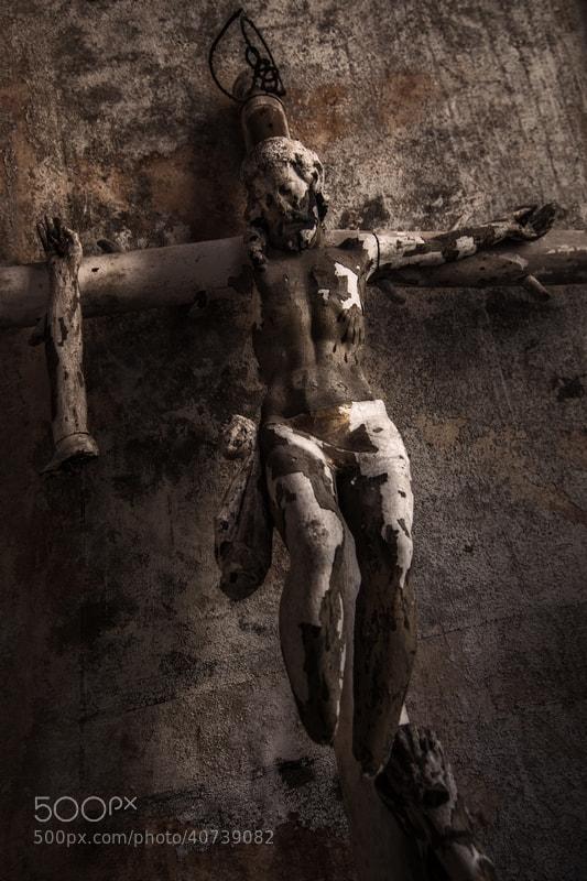 Photograph La Degradació de Crist by Albert Collado Gili on 500px