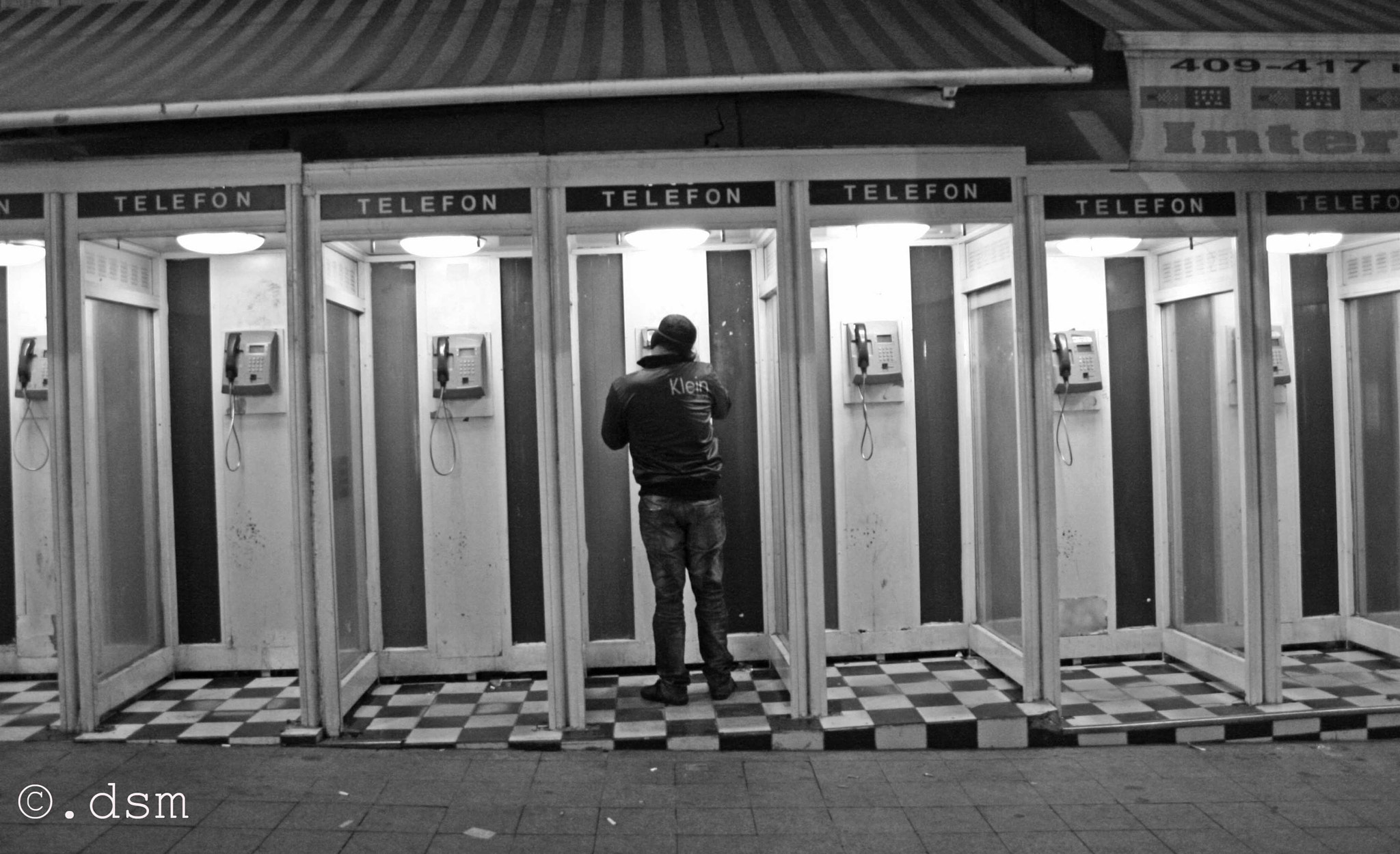 Photograph Phone booths by Domitilla Modesti on 500px