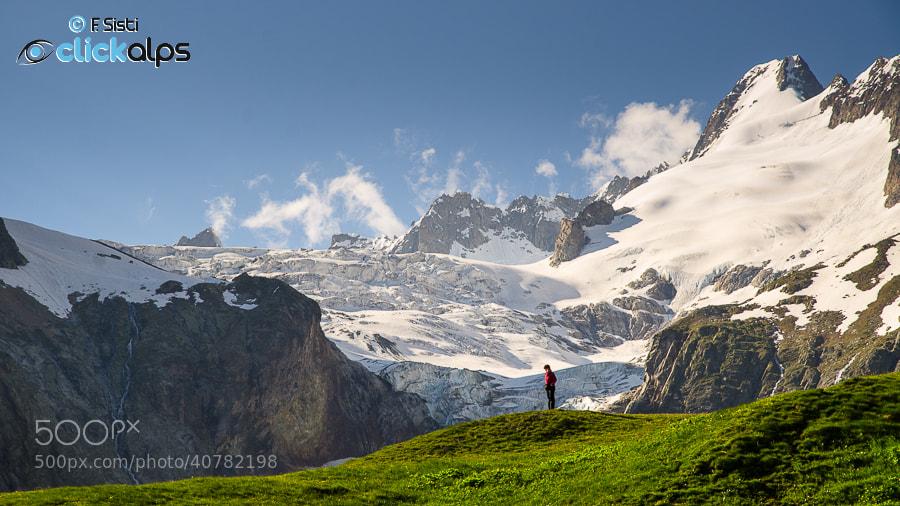 Photograph Petits hommes et les grandes montagnes... (Val Ferret, Valle d'Aosta) by Francesco Sisti on 500px