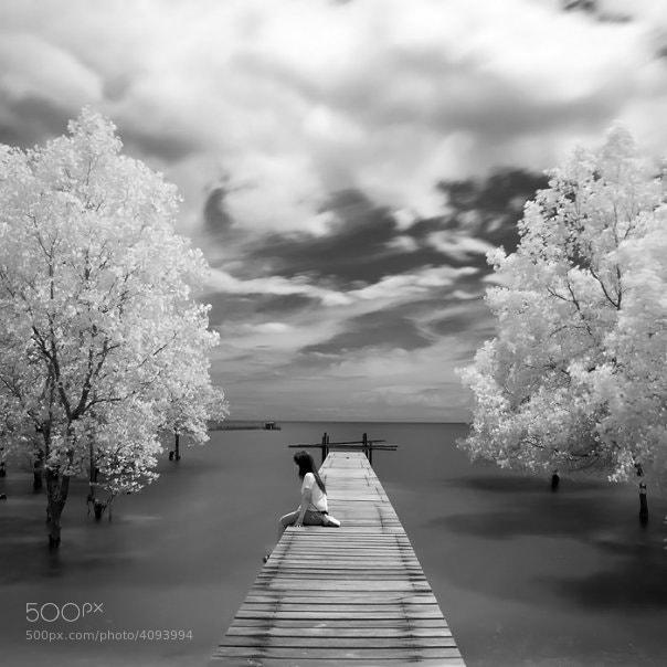 Photograph lonely by Firman Hananda Boedihardjo on 500px