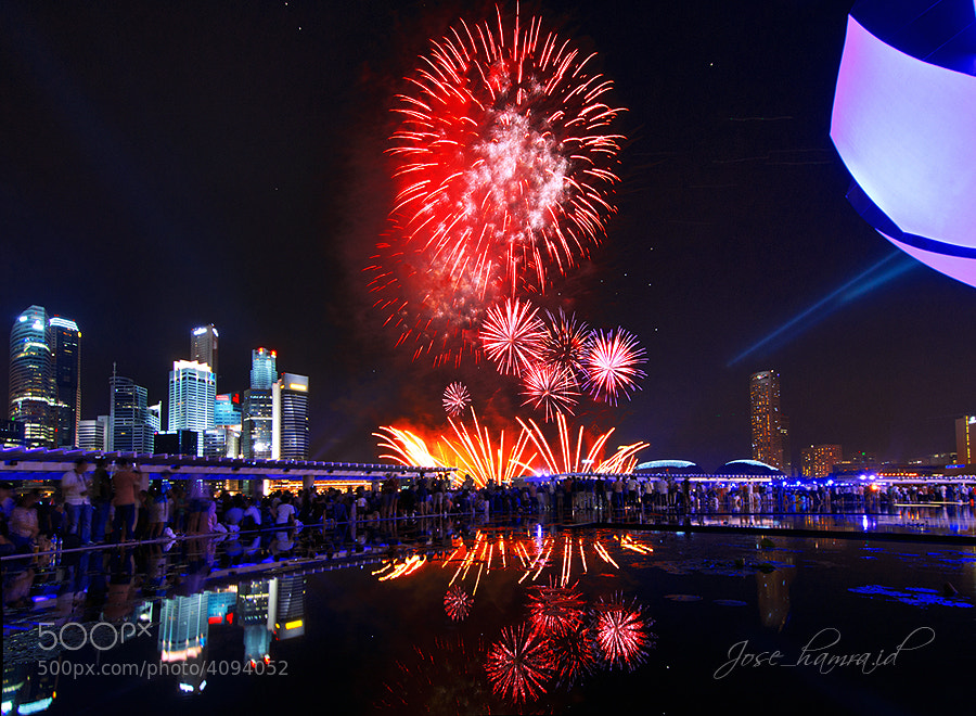 Photograph Happy New Year by Jose Hamra on 500px